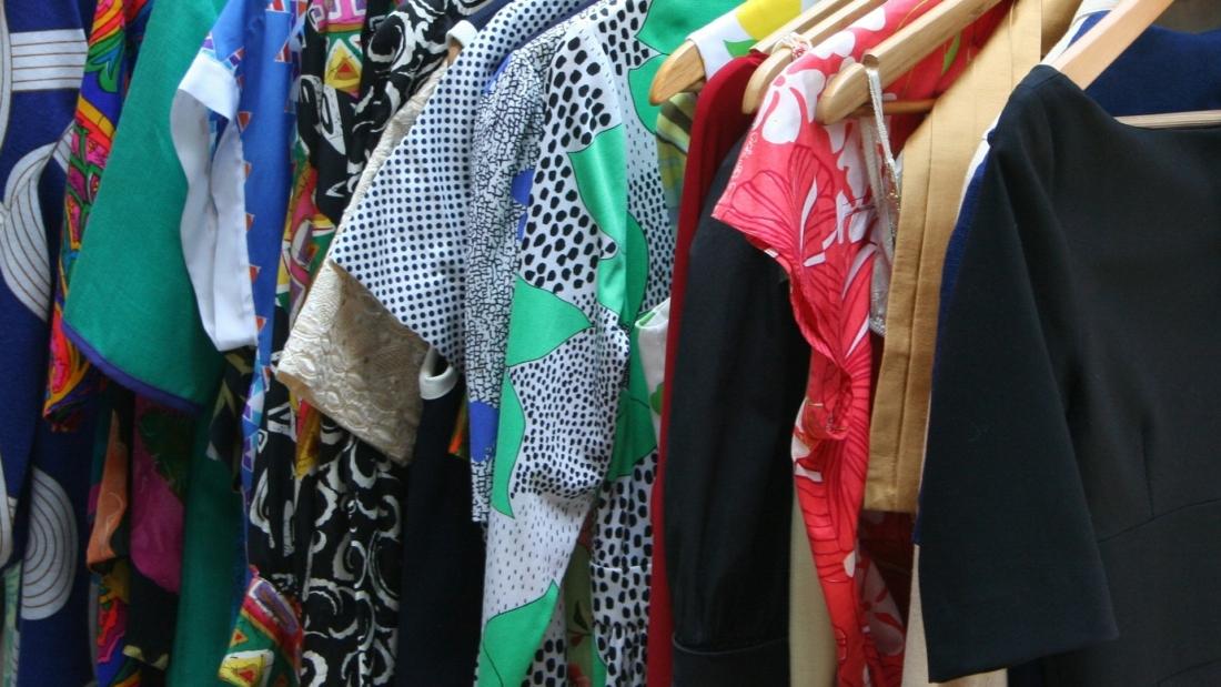 dresses-53319_1920